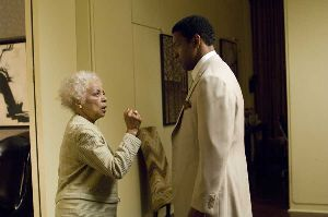 Ruby Dee may be 83, but she can still give Denzel a punch up the bracket.