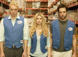(L-R) Dax Shepard, Jessica Simpson and Dane Cook demonstrate the joys of supermarket work.