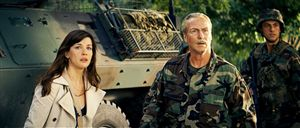 Liv Tyler and William Hurt act as if they've never seen a big green man in stretchy pants before.