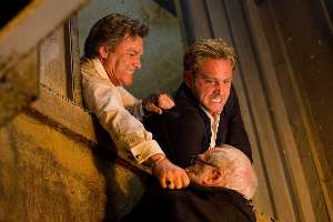 Kurt Russell and Josh Lucas try to rescue Richard Dreyfuss's career.