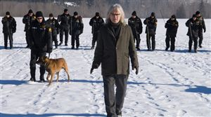 Judging by the footprints, half those guys behind Billy Connolly are walking backwards.